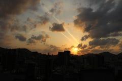 Le case d'impilamento intorno a Sofukuji durante il tramonto Immagini Stock Libere da Diritti