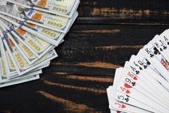 Le casino souterrain, cartes de jeu pour l'argent a attrapé l'as Photo libre de droits