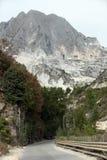 Le cave del marmo - alpi di Apuan, Carrara, Immagine Stock