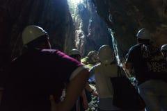 Le caverne scure visitano alle caverne di Batu a Kuala Lumpur immagini stock