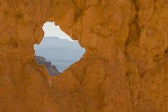 Le cayon de Bryce rougeoie dans la lumière de début de la matinée Image stock