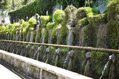 Le Cento Fontane, willi d ` Este ogród w Tivoli nea, i fontanna Zdjęcie Stock