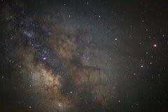 Le centre de la galaxie de manière laiteuse, longue photographie d'exposition photographie stock