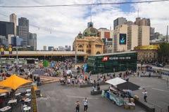 Le centre de visiteur de Melbourne est souterrain localisé de place de fédération images libres de droits