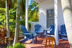 Le centre et la rue historiques et populaires de Duval à Key West du centre images libres de droits