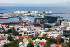 Le centre ville et port de Reykjavik Image libre de droits