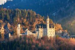 Le château célèbre de Neuschwanstein en Allemagne Photographie stock libre de droits