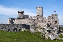 Le château d'Ogrodzieniec est un château médiéval ruiné en Cracovie-CZ Images libres de droits