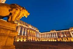 Le château de Buda à Budapest et le musée d'histoire Photos stock