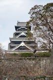 Le château de Kumamoto est un château de Japonais de sommet Images stock