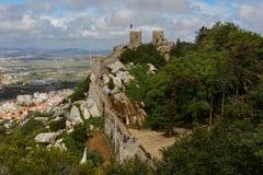Le château du amarre dans Sintra, Portugal Photos libres de droits