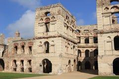 Le château Krzyztopor de ruines en Ujazd-Pologne photographie stock libre de droits