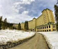 Le château Lake Louise de Fairmont Photo libre de droits