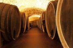 Le chêne en bois de vin barrels la photo Photographie stock libre de droits