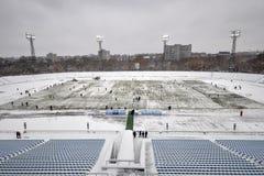 Le champ est enlevé de la neige Images stock