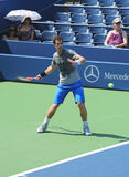 Le champion Andy Murray de Grand Chelem de deux fois pratique pour l'US Open 2013 chez Louis Armstrong Stadium Images stock