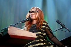 Le chanteur, le compositeur, le pianiste et la compositrice de Tori Amos exécute au bruit 2015 de Primavera Photo stock