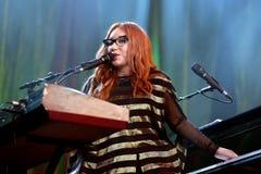 Le chanteur, le compositeur, le pianiste et la compositrice de Tori Amos exécute au bruit 2015 de Primavera Photographie stock
