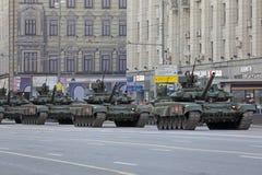 Le char de bataille T-90 russe Images stock
