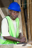 Le charpentier dans son atelier Image stock