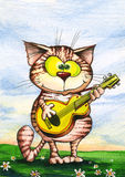 Le chat heureux joue la guitare Image stock