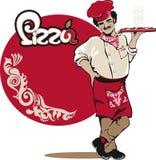 Le chef italien d'homme sert la pizza Photos libres de droits
