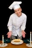 Le chef présente le dessert de Brule Photos stock