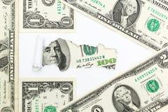 Le chemin au succ?s et ? la richesse Fl?che des billets d'un dollar sur le fond blanc Imp?ts d?guis?s Dollars cach photographie stock libre de droits