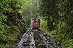Le chemin de fer au Reichenbach tombe, la Suisse Photo stock