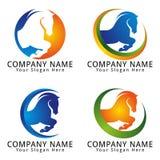Le cheval sautent le logo de concept Images libres de droits