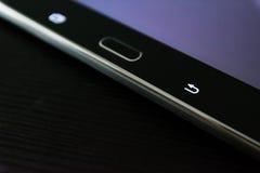 Le chiavi corporative dei bottoni della compressa del nero di Taskbar Android si dirigono lo scrittorio elettronico Fotografie Stock Libere da Diritti