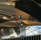 Le chiffre de radiateur de Rolls Royce dans le monde de BMW à Munich, Bavière - 19 janvier 2019 photographie stock
