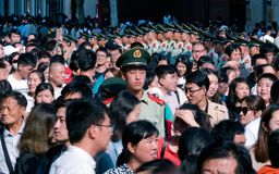 Le Chinois a armé le trafic d'ordre de police dans la ligne sur la route de Nanjing photos libres de droits