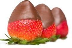 le chocolat a couvert des fraises Photographie stock libre de droits