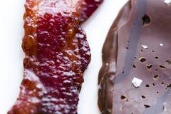 Le chocolat a couvert le lard Photographie stock