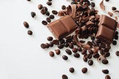 Le chocolat et le café dans le bon brun de goût se mélangent ! Photo libre de droits