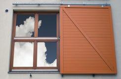 Ciel dans la fenêtre Photo libre de droits