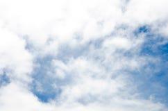 Le ciel bleu et pourrait Photo libre de droits