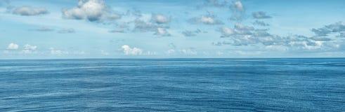 Le ciel et la mer Photos stock