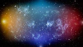 Le ciel nocturne foncé bleu avec beaucoup se tient le premier rôle Manière laiteuse sur le fond de l'espace Images libres de droits