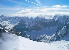 Le cime della catena montuosa di Mont Blanc Immagini Stock