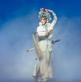 "Le cinquième acte volent le  blanc immortel-Kunqu d'Opera""Madame Snake†Photo libre de droits"