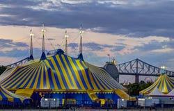 Le Cirque está en ciudad Imágenes de archivo libres de regalías