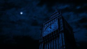 Le clair de lune illumine Big Ben clips vidéos