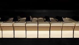 Le clavier de piano poussiéreux Images libres de droits