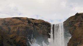 Le clsoe islandais de cascade  banque de vidéos