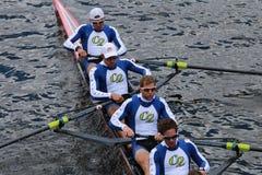 Le club de bateau de Cambridge emballe dans la tête du championnat Eights de Charles Regatta Men photos stock