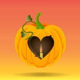 Le coeur a découpé dans un potiron Image stock