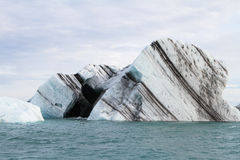 Le coeur noir en glace Photographie stock libre de droits