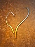 Le coeur tiré. Valentine images libres de droits